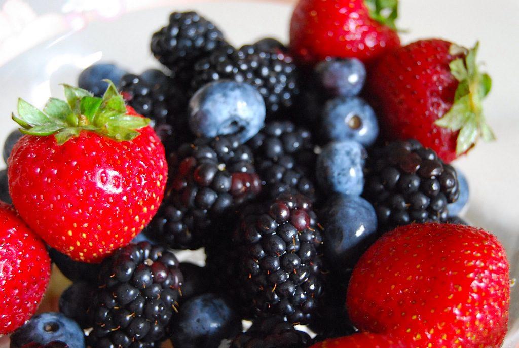 Red berries- Enjoy Their Health Benefits